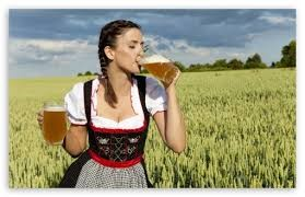 bavarian-girl-drinking-beer